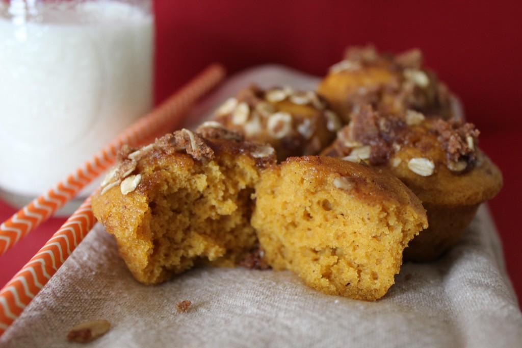 Streusel Pumpkin Muffins | The Crafting Foodie