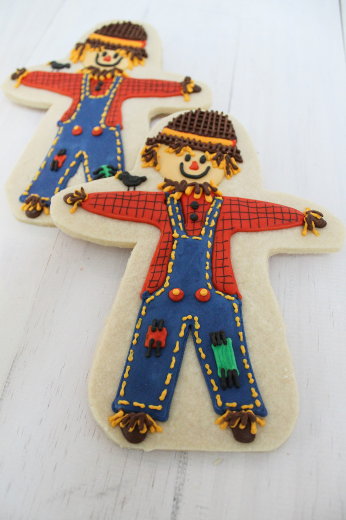 Scarecrow and Autumn Themed Decorated Cookies|The Crafting Foodie