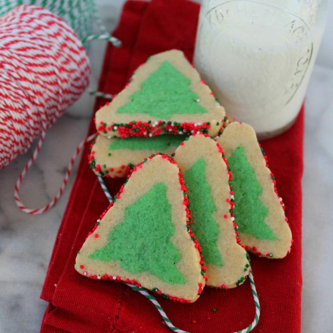 Evergreen Sugar Cookies|The Crafting Foodie