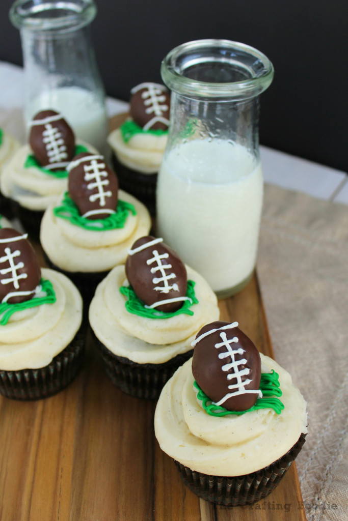 Chocolate Cupcakes with Football Cake Pop Toppers|The Crafting Foodie