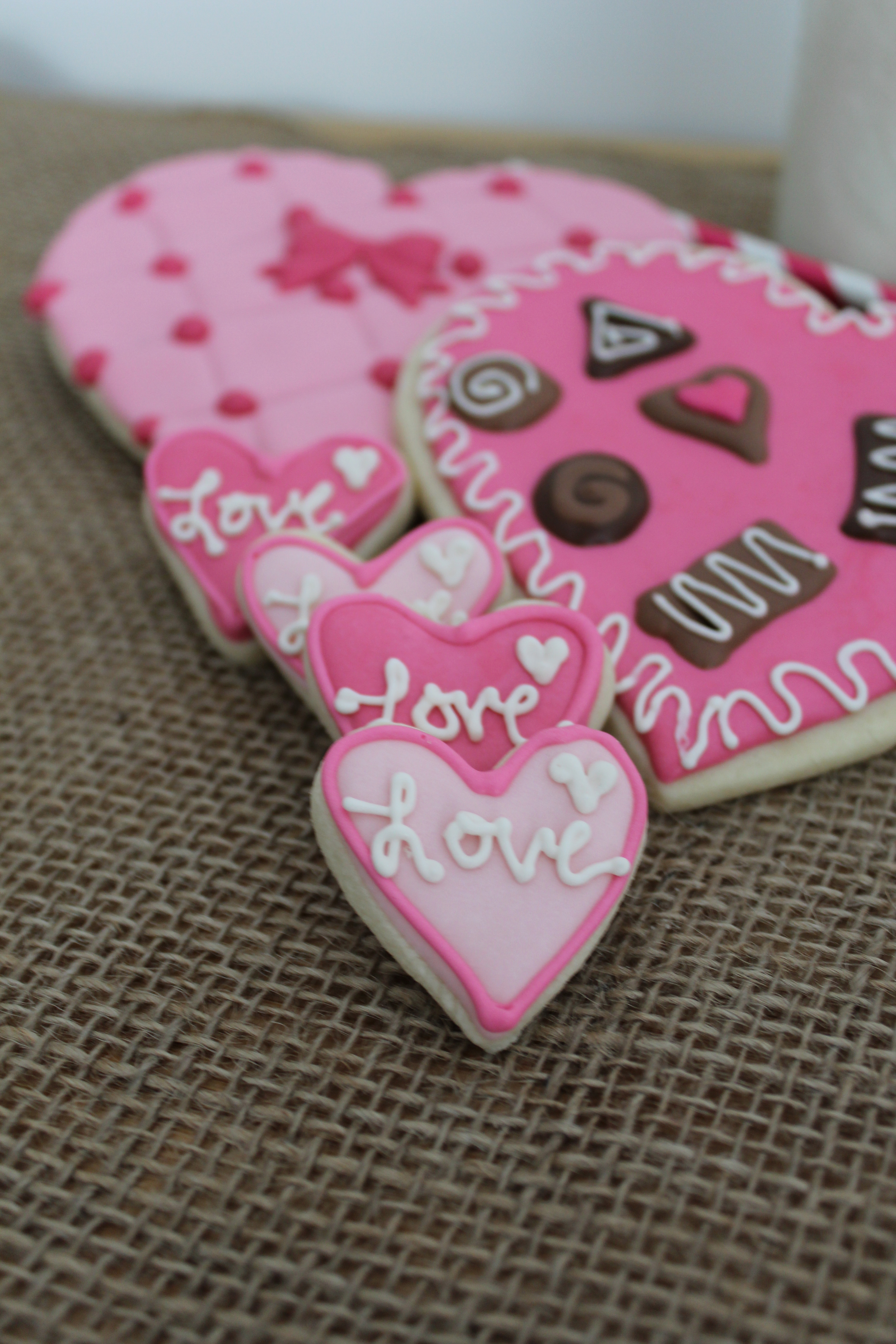 Chocolate Box Sugar Cookies for Valentine\'s Day