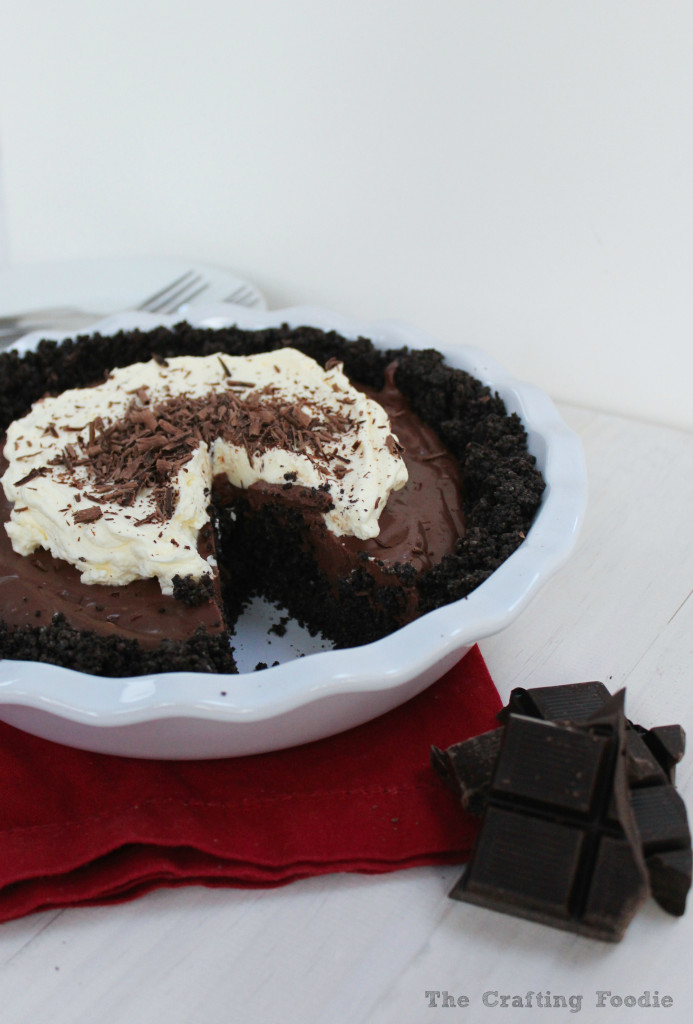 Vegan Chocolate Cream Pie|The Crafting Foodie
