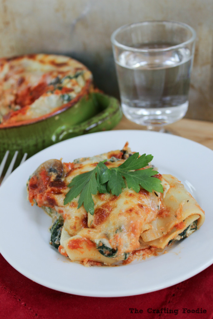 Cannelloni with Spinach and Mushrooms|The Crafting Foodie