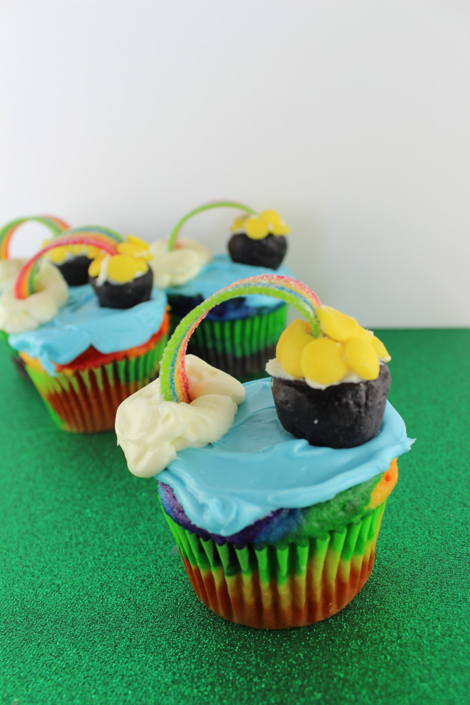 Pot Of Gold Cupcakes|The Crafting Foodie