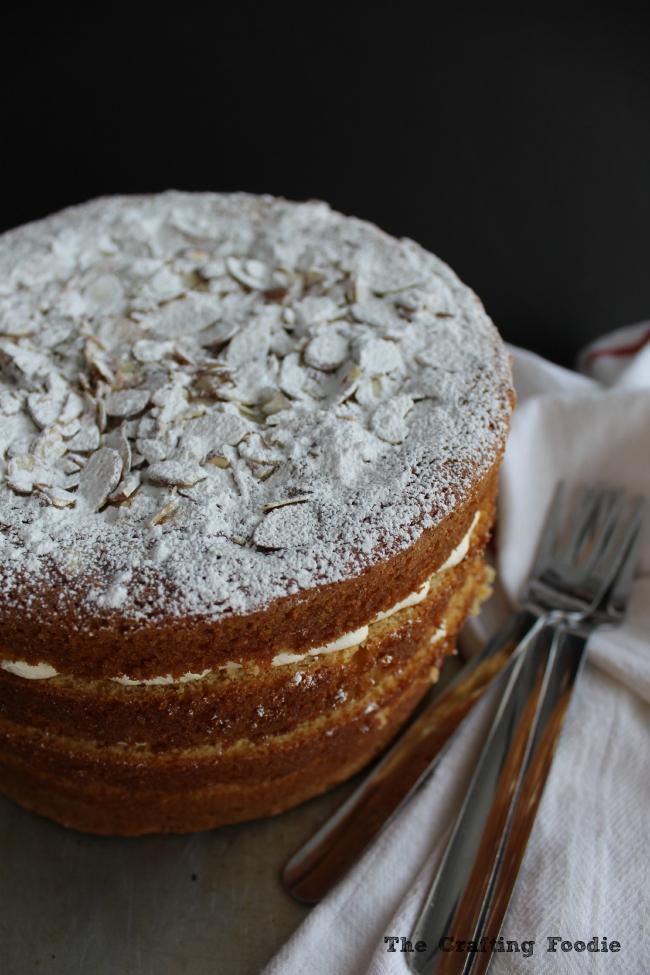 Meyer Lemon Cake with Meyer Lemon Curd|The Crafting Foodie