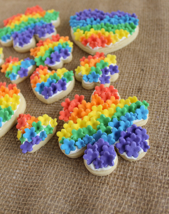 Fondant Rainbow Flower Cookies|The Crafting Foodie