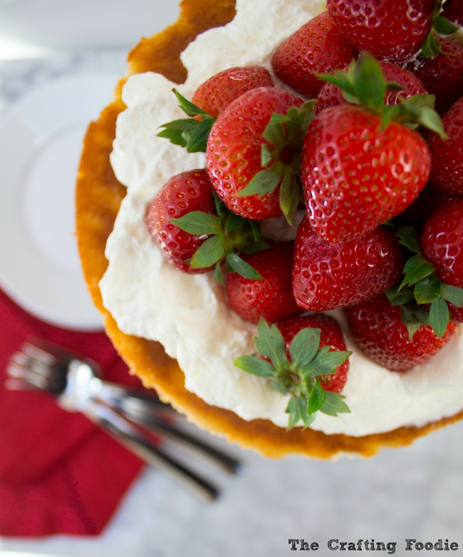 Strawberry Whipcream Cake|The Crafting Foodie