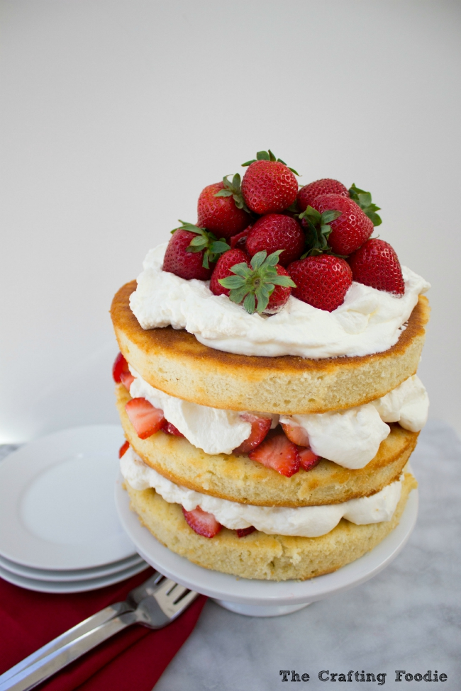 Strawberry Cream Cake|The Crafting Foodie