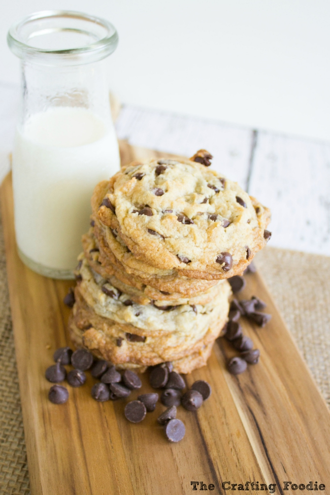 Easy Egg-Free Chocolate Chip Cookies|The Crafting Foodie