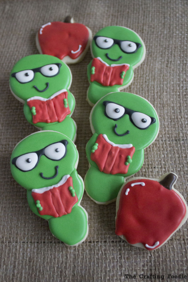 Back to School Cookies with Royal Icing|The Crafting Foodie