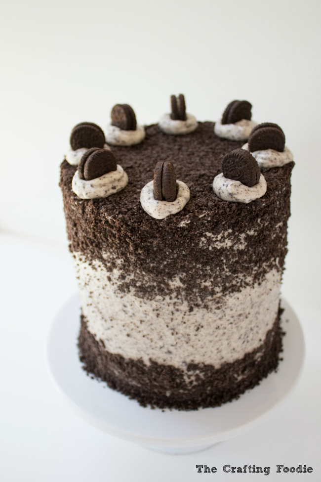Ultimate Oreo Layer Cake|The Crafting Foodie