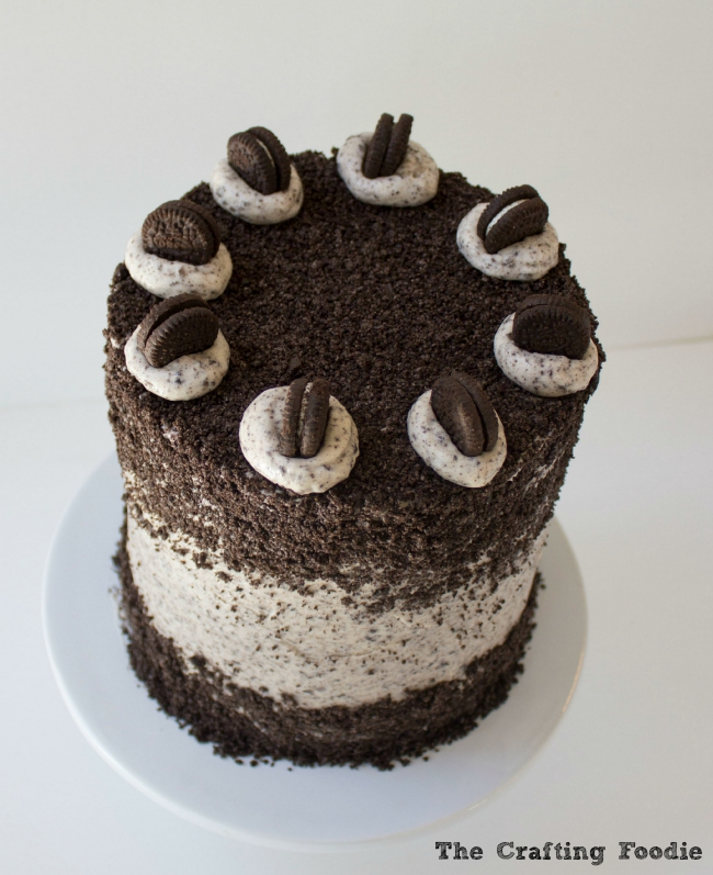 Oreo Layer Cake|The Crafting Foodie