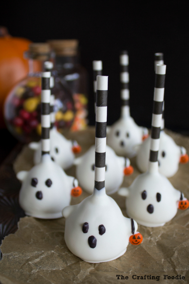 Halloween Ghost Cake Pops Trick-Or-Treating|The Crafting Foodie