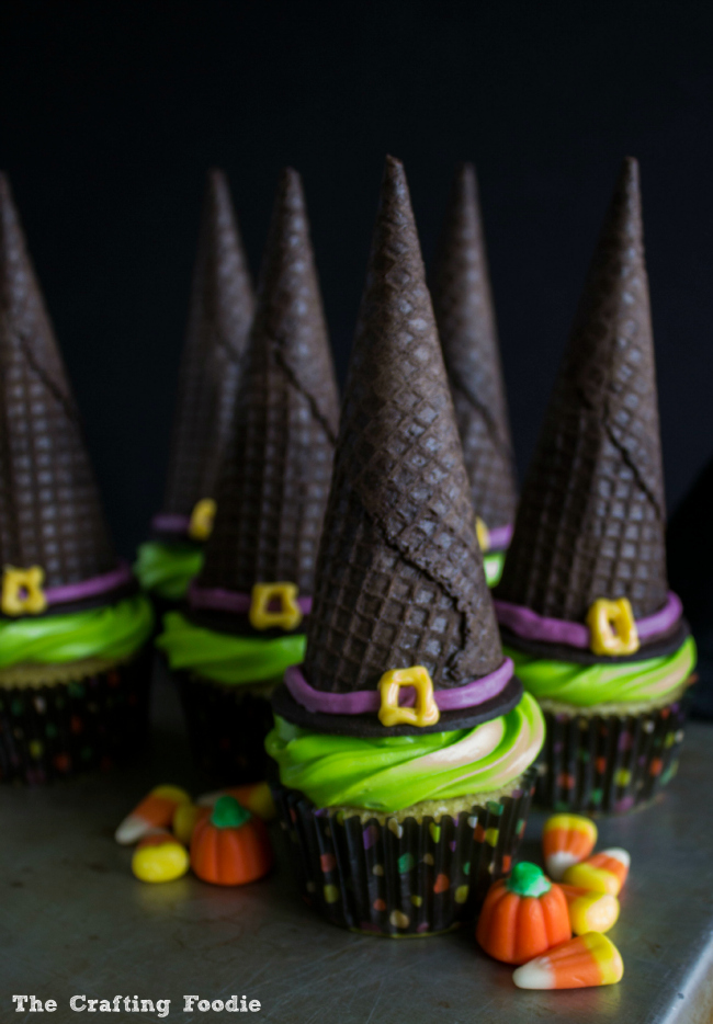 Easy Witch's Hat Cupcakes for Halloween|The Crafting Foodie