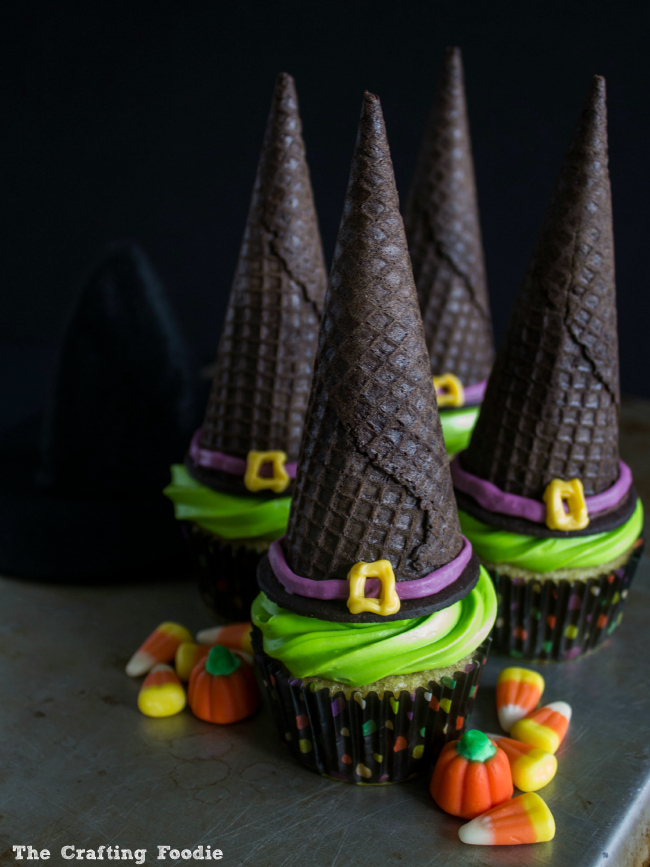Easy Witch Hat Cupcakes|The Crafting Foodie