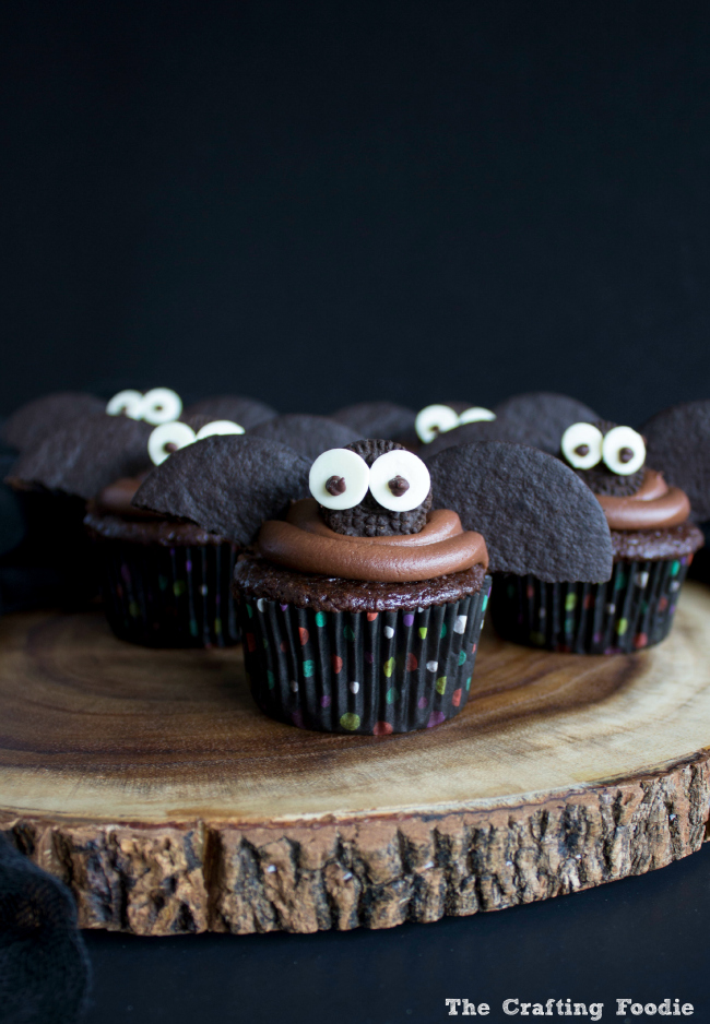Halloween Bat Double Chocolate Cupcakes|The Crafting Foodie