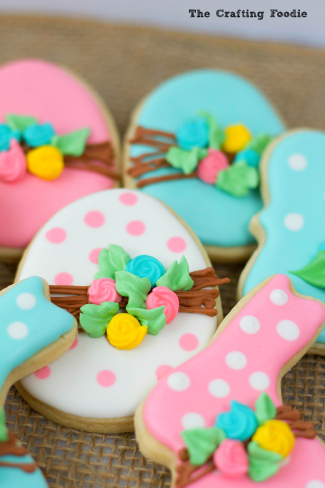 Bunny Easter Cookies with RosesThe Crafting Foodie