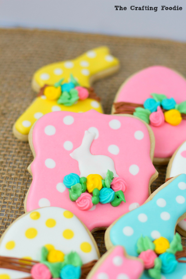 Bunny Easter Sugar Cookies with Polka DotsThe Crafting Foodie