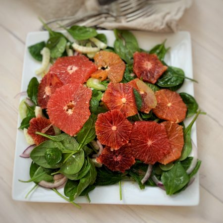 Blood Orange and Fennel Salad - an easy, delicious, vegan, healthy winter salad. SO good! | www.thecraftingfoodie.com
