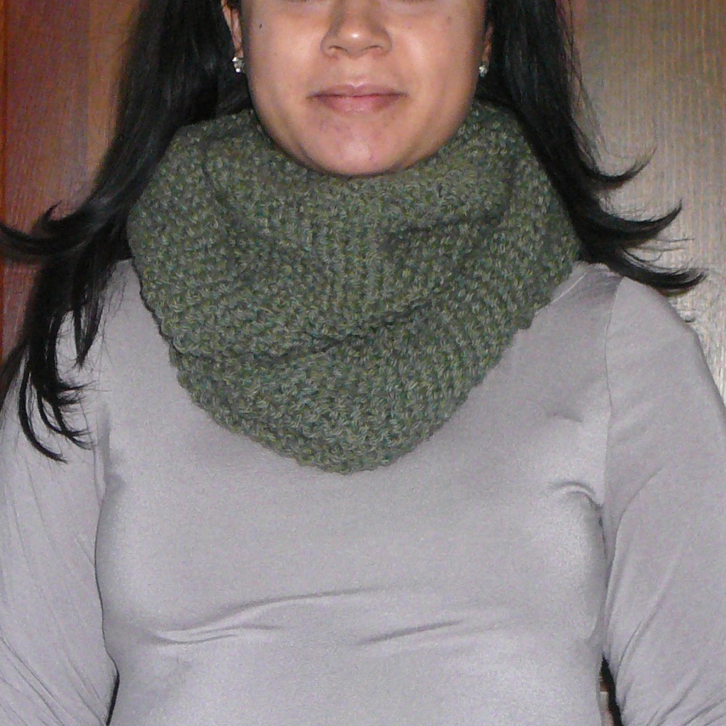 Fast and Easy Chunky Cowl Knit – Perfect for Gifting