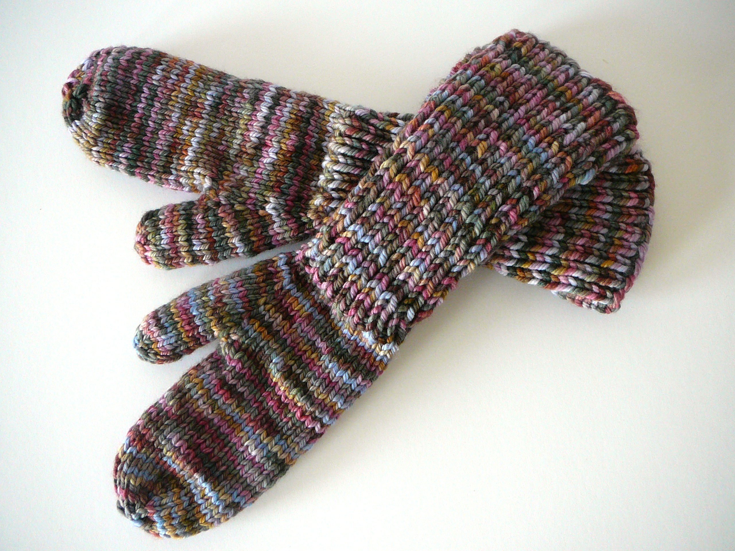 Knitting Cables Without Cable Needle : Horseshoe cable knit mittens and knitting cables without a