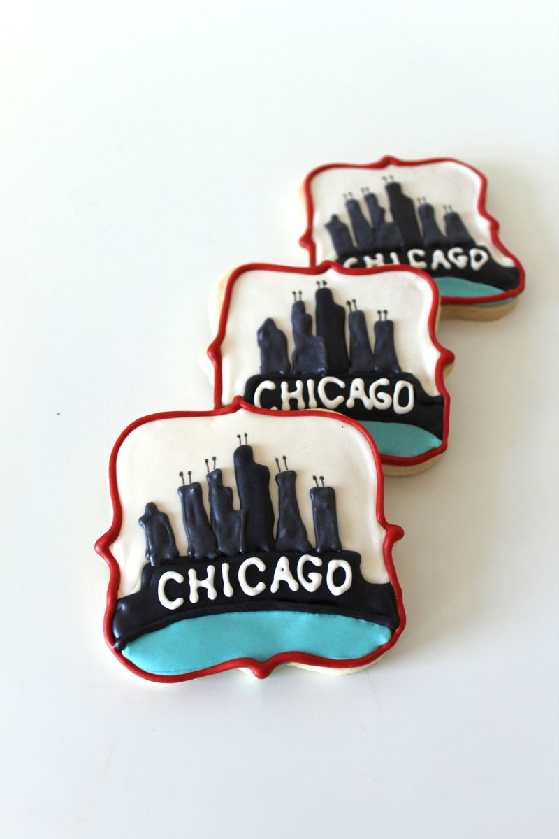 Chicago Theme Sugar Cookies | TheCraftingFoodie