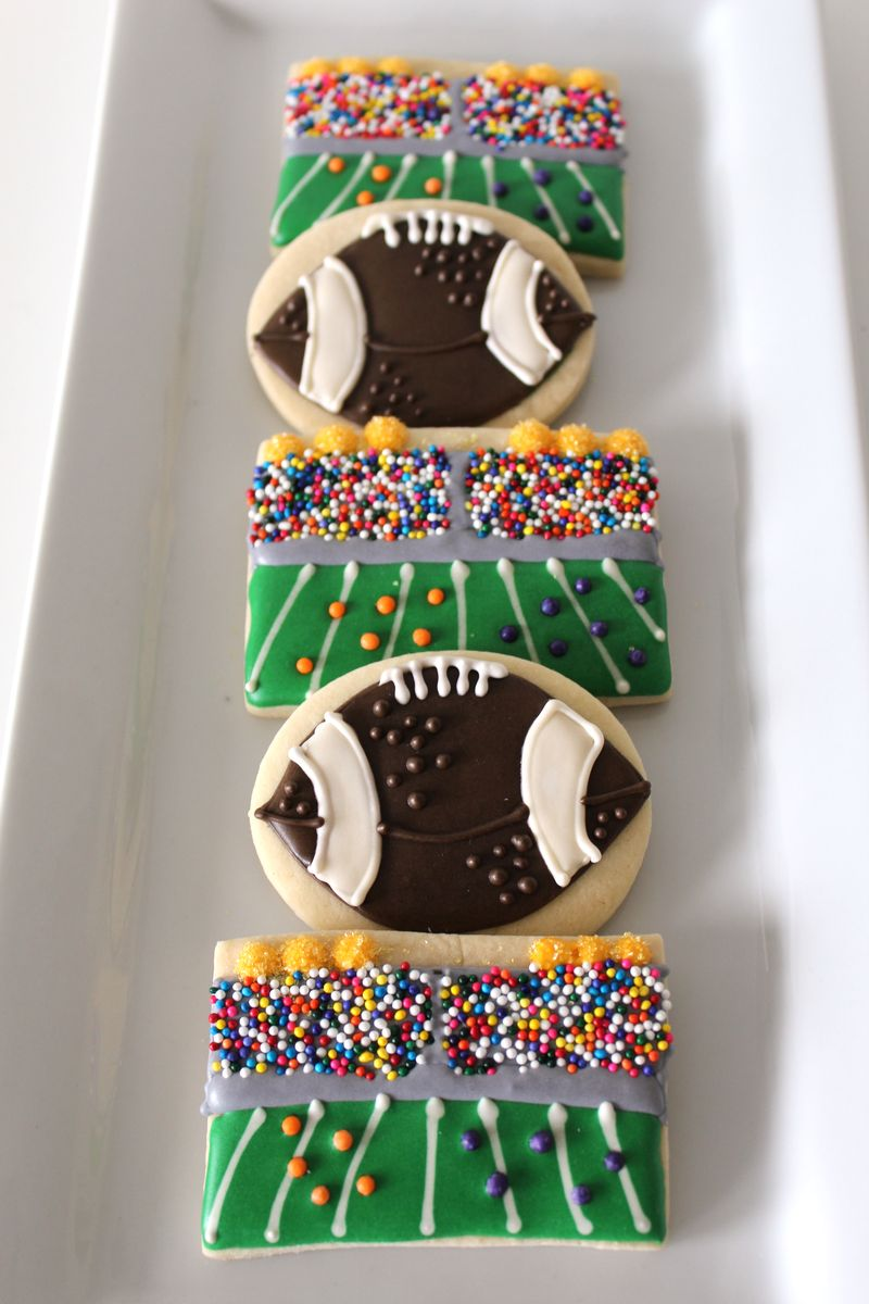 FootballSugarCookies | The Crafting Foodie