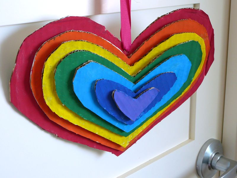 Rainbow-Heart Door Hanger | The Crafting Foodie