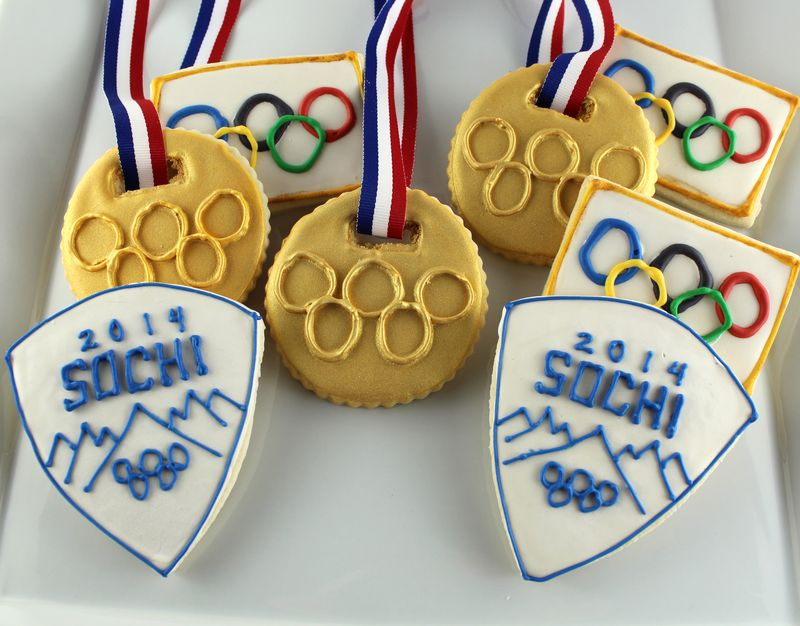 Olympic Themed Sugar Cookies | The Crafting Foodie