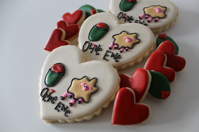 Olive Ewe Valentine's Cookies | The Crafting Foodie